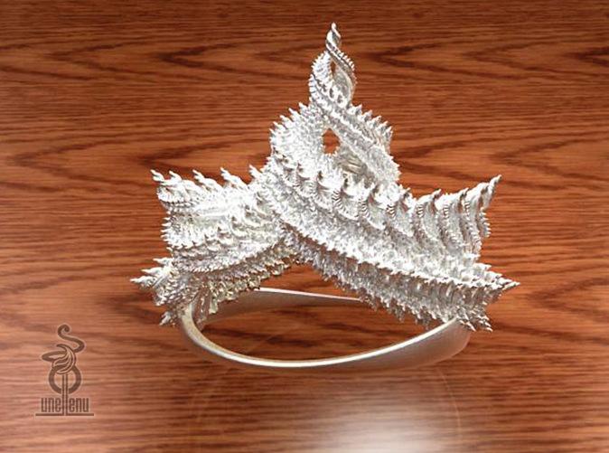 Zenith Crown by unellenu utelizes fractals in design (via Shapeways)